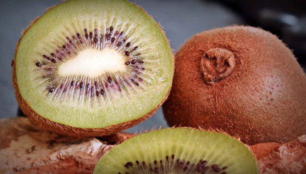 What are benefits of Kiwi?
